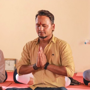 yogi sajan ji at yash yoga school rishikesh